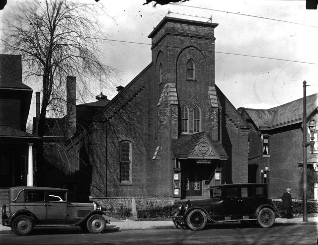 The Liederkranz Club building, formerly the Westminster Presbyterian Church, as it was circa 1916. The address, 320 West Avenue, was later renumbered 656 W. Main Street and again, finally, to 660. Westminster Presbyterian moved to Arnett Blvd., ca. 1915.<br />  [PHOTO: Albert R. Stone Collection]