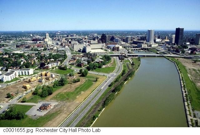 Corn Hill on the left and the South Wedge on the right [PHOTO: Rochester City Hall]