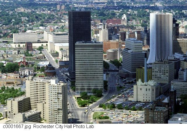 Downtown from Broad St [PHOTO: Rochester City Hall]