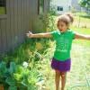 Gloria_Gardening11