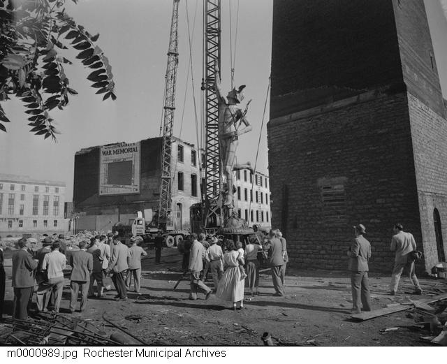 Taking Down Mercury [PHOTO: Rochester Municipal Archives]