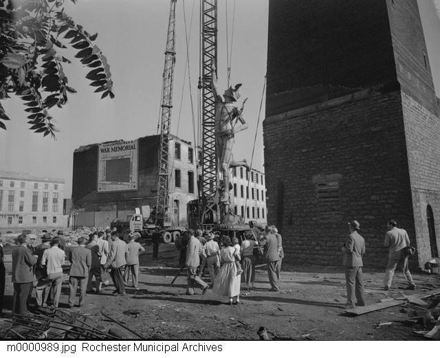 Taking Down Mercury [PHOTO: Rochester Municipal Archives]