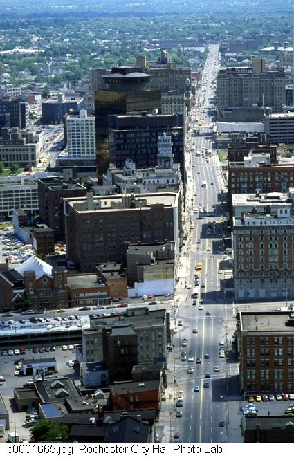 Looking down Main Street from the west [PHOTO: Rochester City Hall]