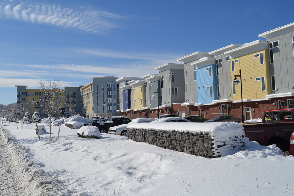 RochesterSubway.com : Loving Life at Erie Harbor Apartments